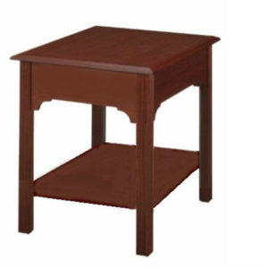 Chippendale: Rectangular End Table With Shelf