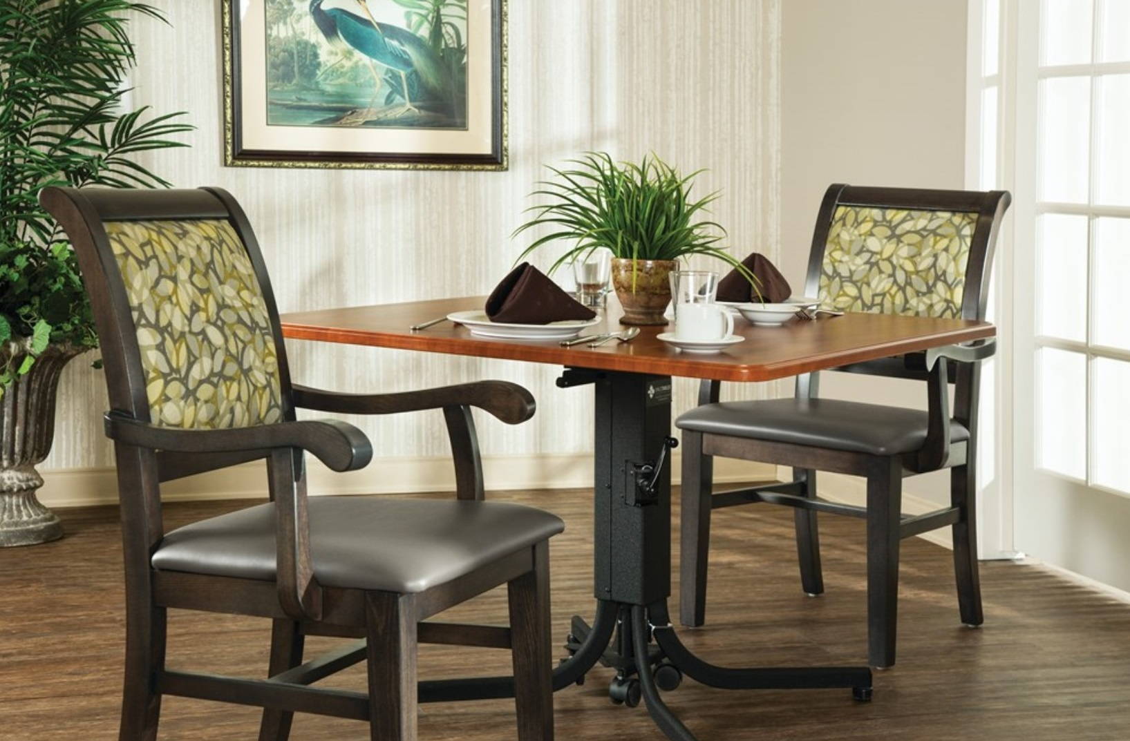 Sp Dining Table Room Scene 2